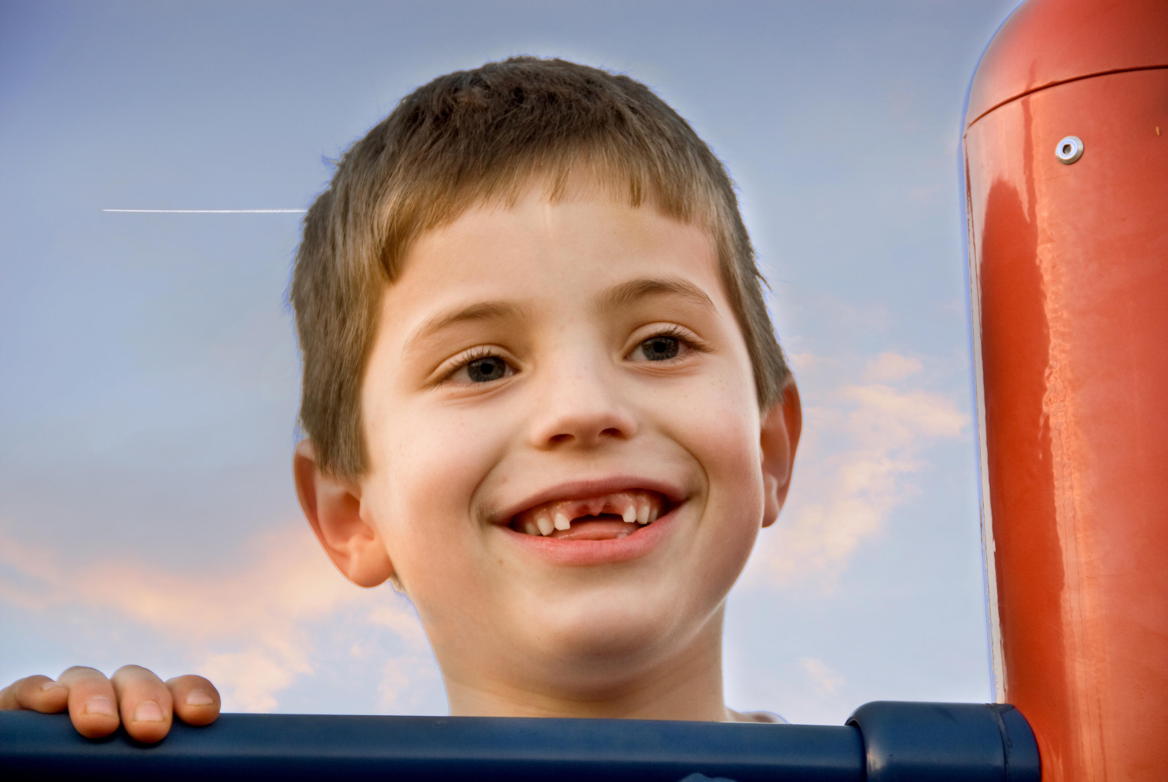 Sabia que a polpa dentária contém células-tronco que podem ser preservadas para o futuro do seu filho?